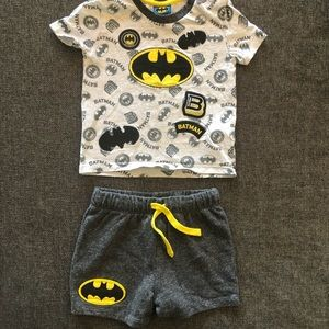 Batman baby T-shirt & shorts set 9-12 months